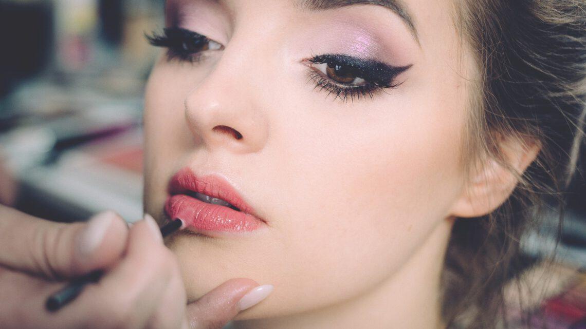 Hoe word je een succesvolle make-up artist